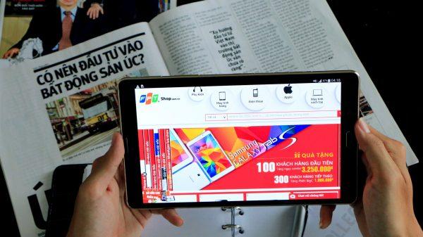 Tab S 600x337 - Galaxy Tab S đã có hàng tại FPT Shop