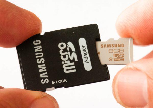 image00123 600x425 - Tìm hiểu về các loại thẻ nhớ dành cho smartphone