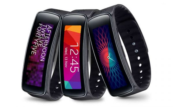 samsung-galaxy-gear-fit-sam-gfitb-j2